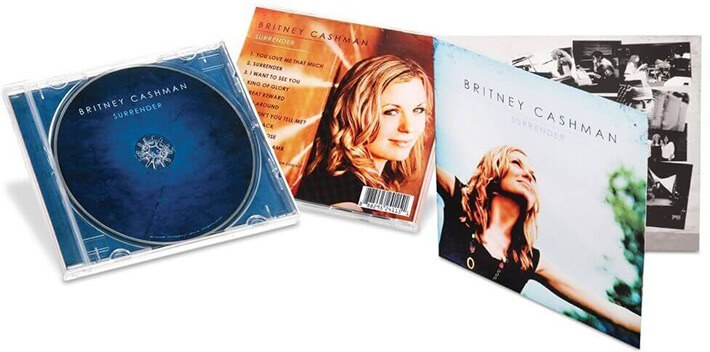 Jewel cases with 4-panel inserts